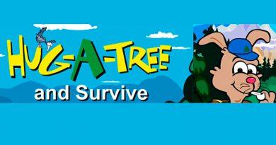 HUG A TREE - ABRAZA UN ARBOL
